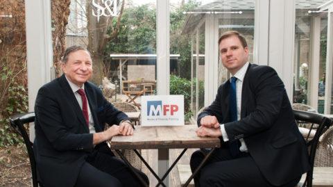 """USF přichází snovým profesním titulem """"Master od Financial Planning"""" (MFP)"""