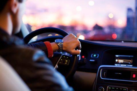 Sedm tipů, jak neprohloupit upojištění auta