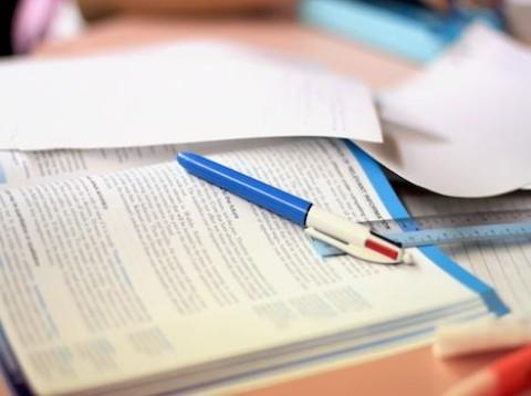 Kdo musí za rok 2014 podat daňové přiznání?