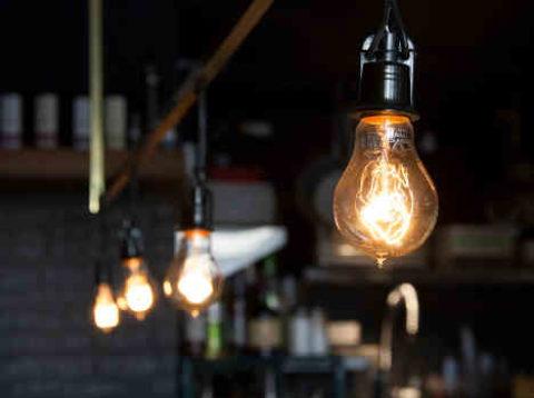 Poptávka pozměně dodavatele energií klesla, uplynu ovíce než 32%