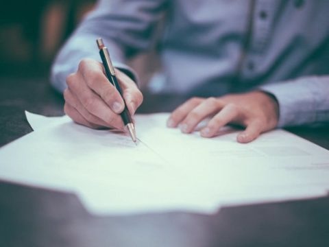 Nový zákon omezil možnosti podnikatelů přižádosti oúvěr