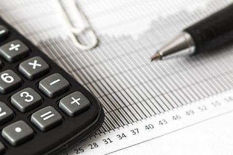 Zdanění vysokých příjmů vroce 2018. Sociální pojištění, výdajové paušály aspol.