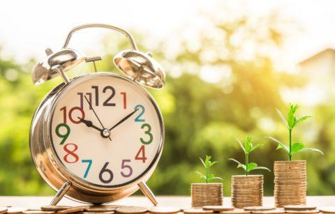 Kam investovat přebytečnou pětistovku?
