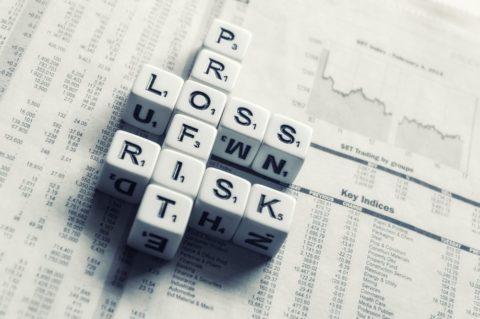 I když koupíme akcie před poklesem, je to lepší, než neinvestovat vůbec