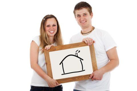 Hypoteční trh klesl meziročně otřetinu, sazby pod 3%