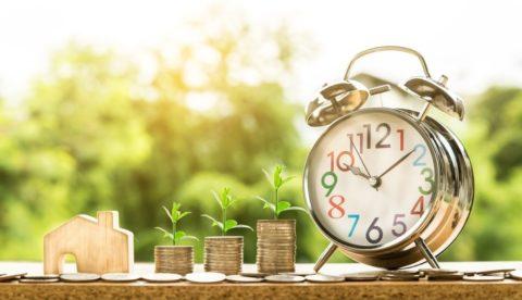 Sazby hypoték klesly třetí měsíc vřadě. Kdy přijde jejich růst?