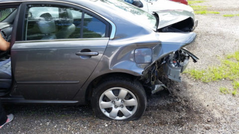 Víte, jak postupovat přidopravní nehodě?