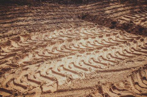 Vyplatí se koupě nezasíťovaného pozemku?