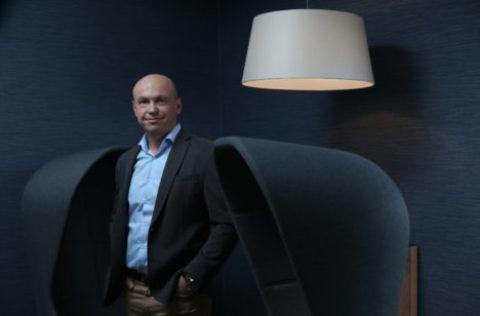 DRFG zvýšila podíl vSuntel Group z50 na 100 pct
