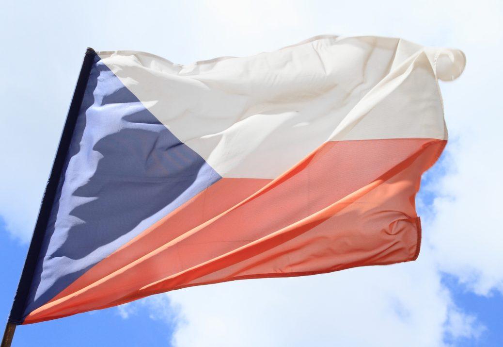 Česká vlajka - 30 let