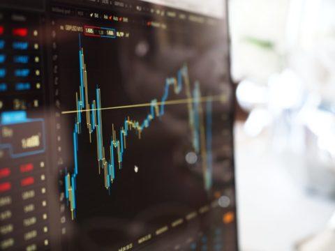 Kouzlo pravidelných investic. Jak funguje složené úročení?