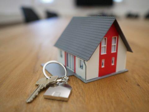 Hypotéky nejspíše dosedly na úrokové dno