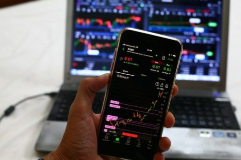 Investiční thriller. Co si odnést zraketového růstu ipádu akcií