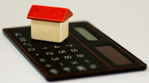 Hypotéka asankce – sjakými sankcemi se lze přisplácení hypotéky setkat?