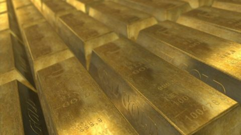 Pětiletý vývoj ceny zlata aropy
